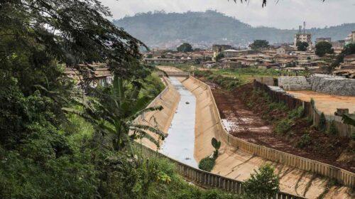 Cameroun La Prevalence Des Maladies Dorigine Hydrique Recule Fortement Dans Plusieurs Quartiers De Yaounde Avec Lappui De La Banque Africaine De 500x280