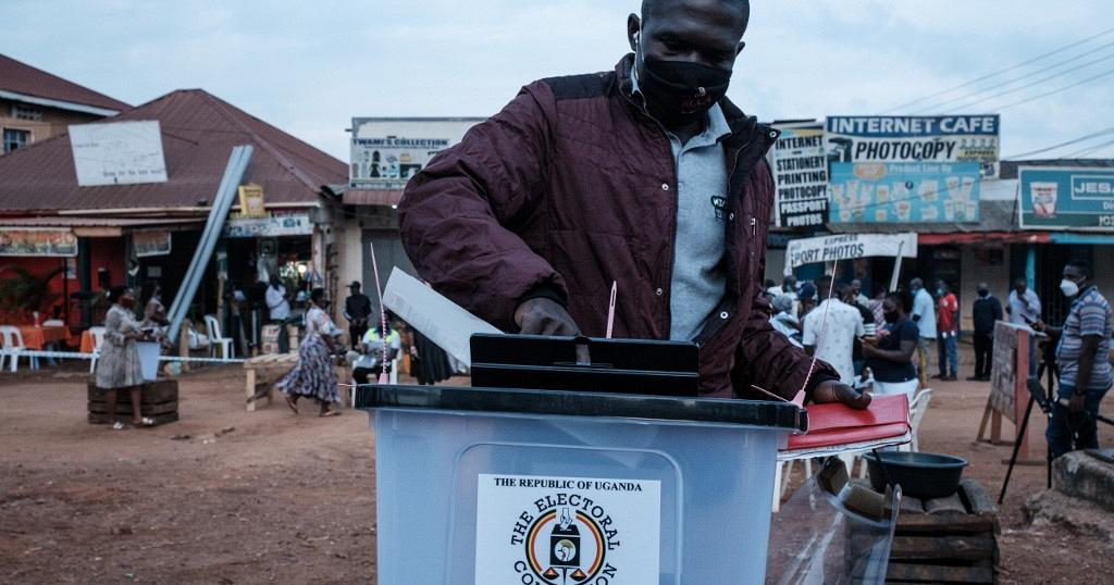 Ugandans Line Up To Cast Their Ballots In Charged Election 2